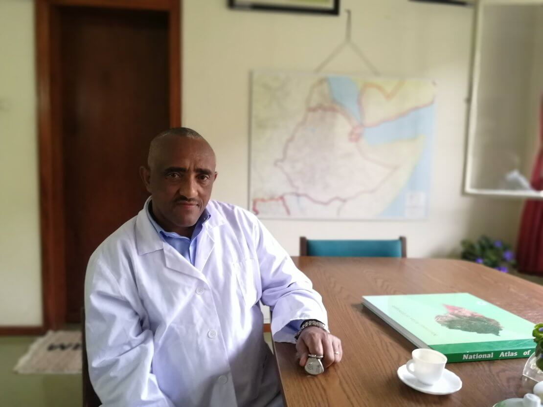 Dr Yeshineh, Medical Director and Chief Surgeon